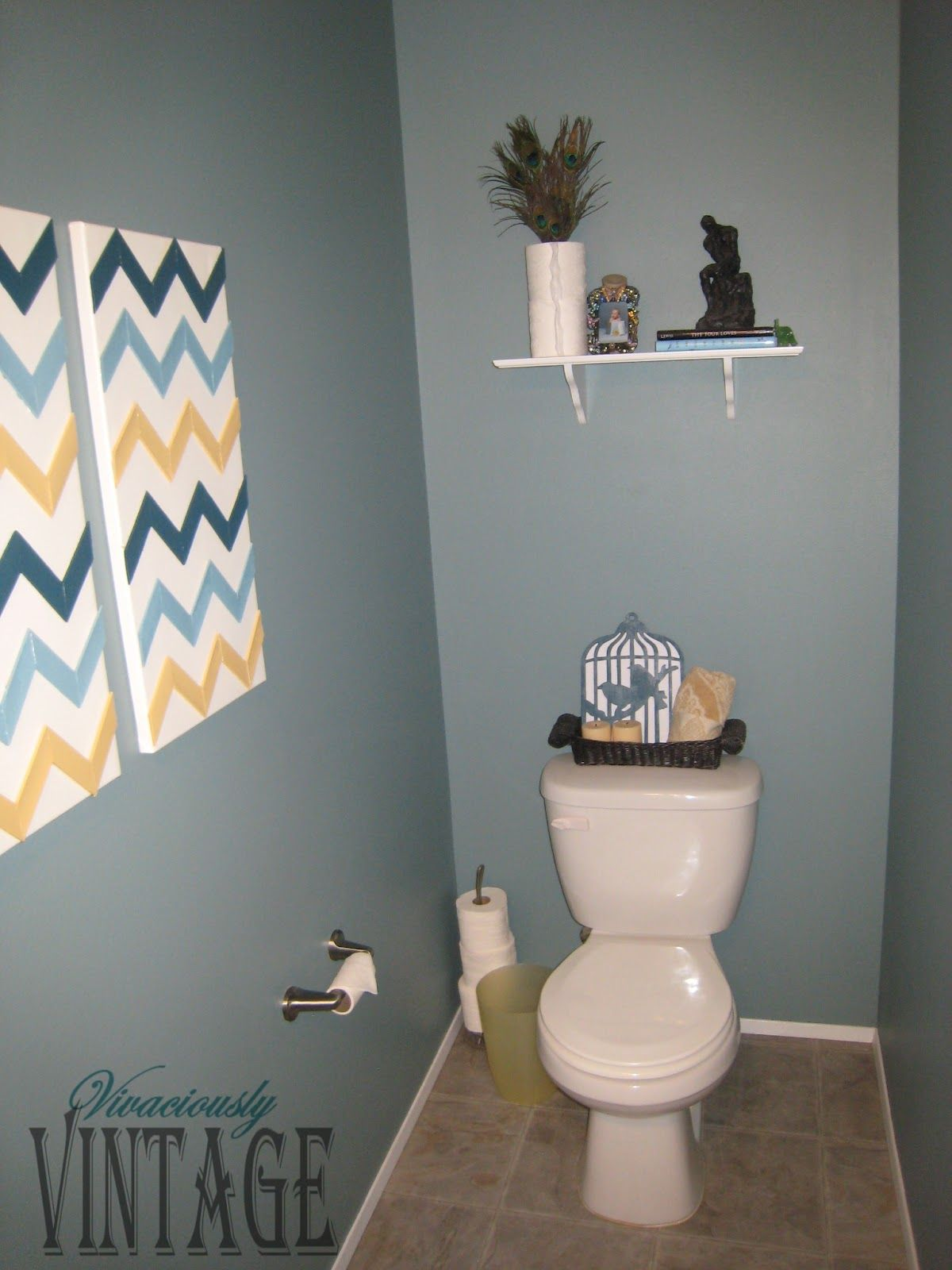Charmant Downstairs Toilet Decorating Ideas: Vivaciously Vintage Half Bathroom  Update | Style And Design For A