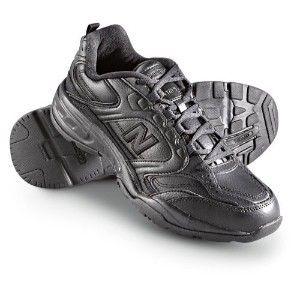 Black shoes, Nb shoes, Athletic shoes
