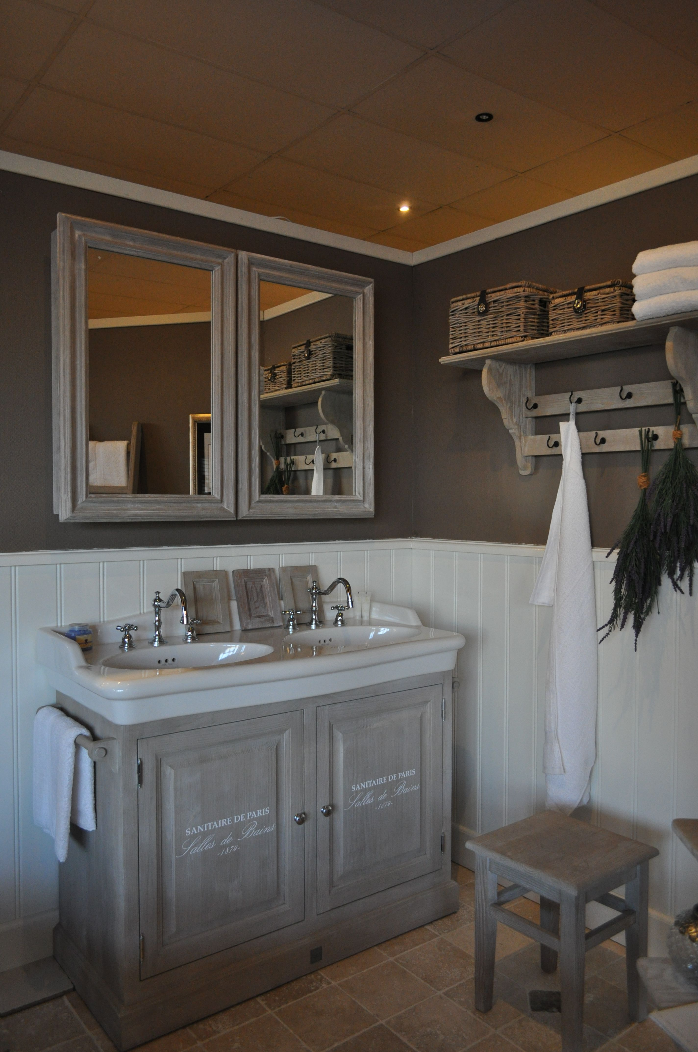Landelijke badkamer | bathroom ideas | Pinterest | Bathroom ...
