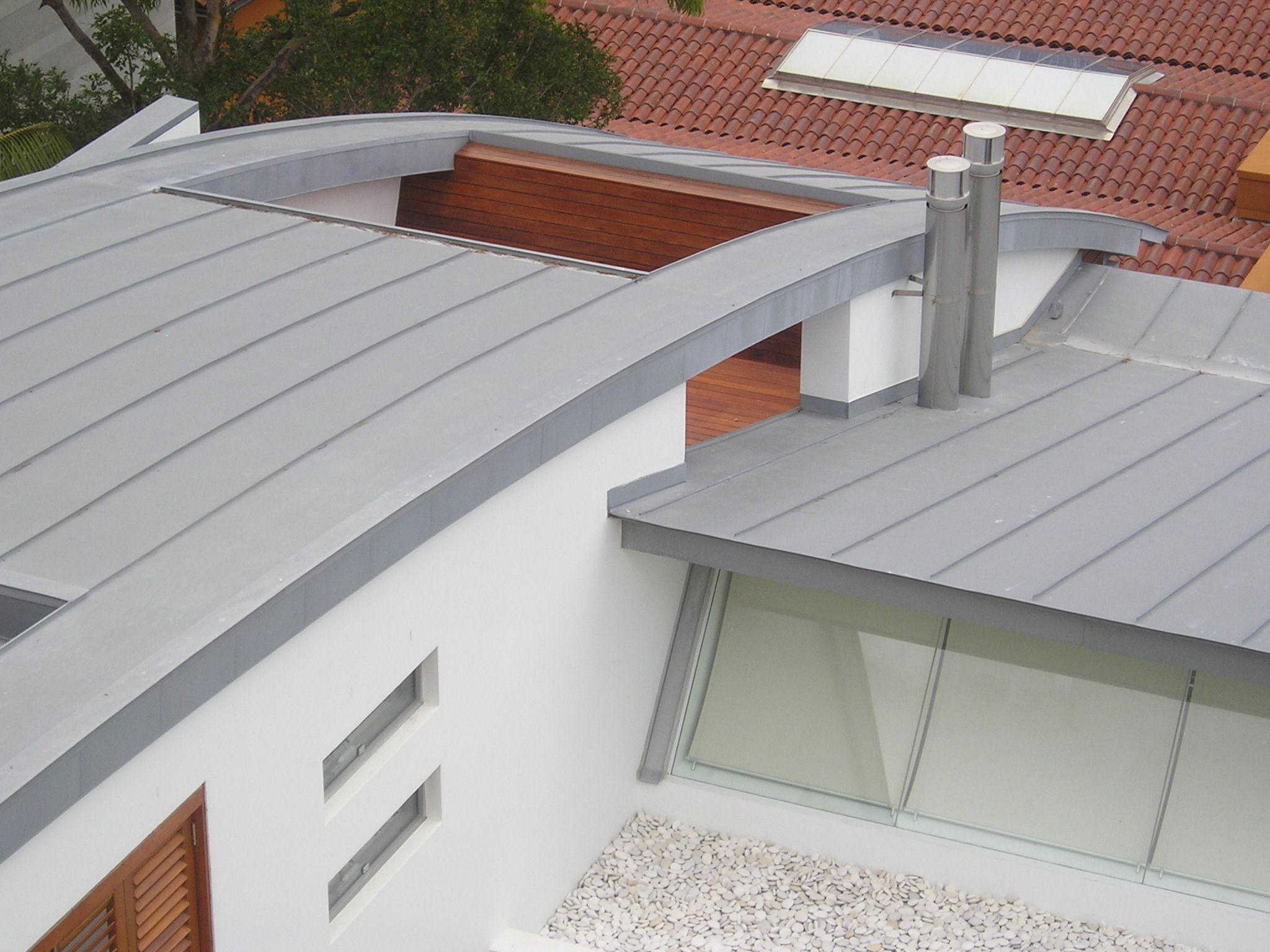 Jaa Studios Vaucluse Residence Sydney Clad In Rheinzink Pre Weathered Titanium Zinc Double Standing Seam And H25 Panels Zinc Roof Standing Seam Cob House