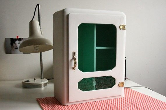 Repurposed Vintage Medicine Cabinet retro white round edges rounded edges white small