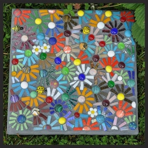 How to make a mosaic stepping stone with the direct method for Mosaic garden art designs