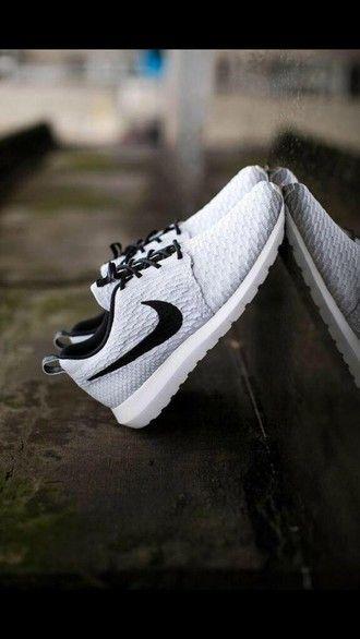 386a5bec0d803 shoes nike nike running shoes nike shoes nike roshe run cool black white  grey nike flyknit