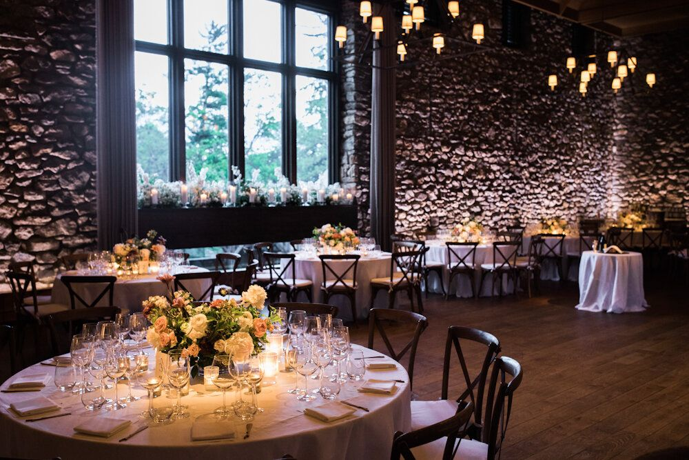 Spring Blue Hill At Stone Barns Wedding Ang Weddings And Events In 2020 Barn Wedding Decorations Barn Wedding Stone Barns