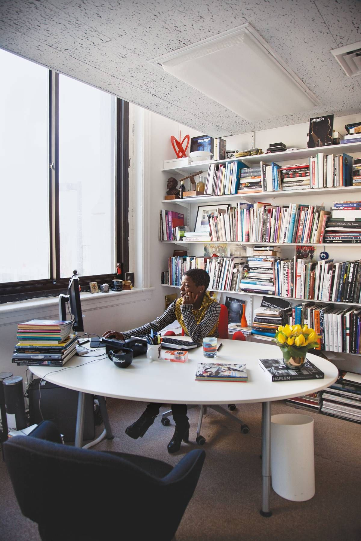 TSMH Director And Chief Curator, Thelma Golden From Heather Clawsonu0027s  Habitually Chic: Creativity At · Round DeskOffice ...
