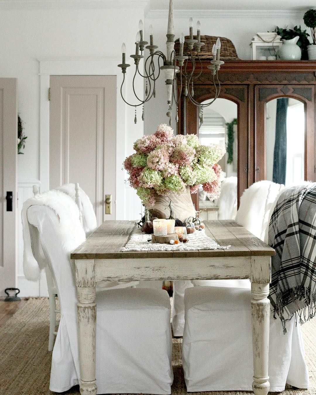 Like the mirrored armoire for the dining room. | French ...