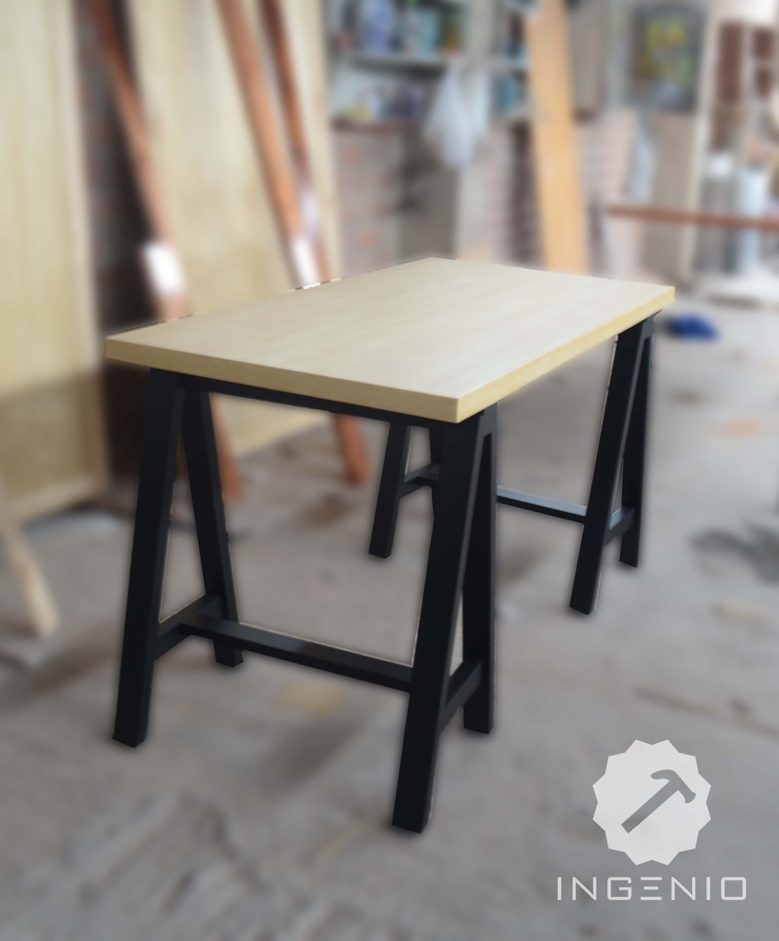 Escritorio para estudio tablero enchapado en lamina de for Tableros para escritorios