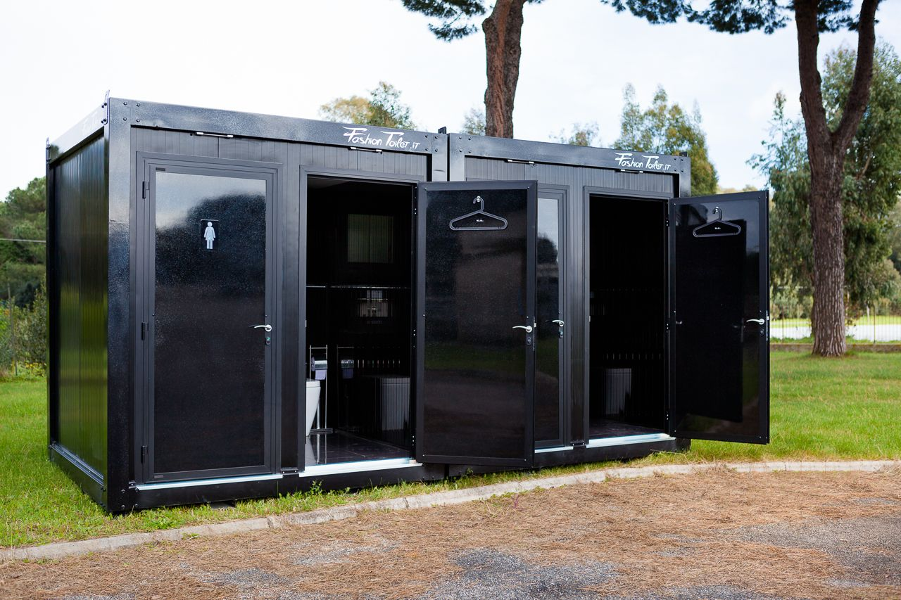 FashionToilet Mobile Bathrooms #rentingforevents #makeyourown #luxury  #design Produced By Www.fashionblock