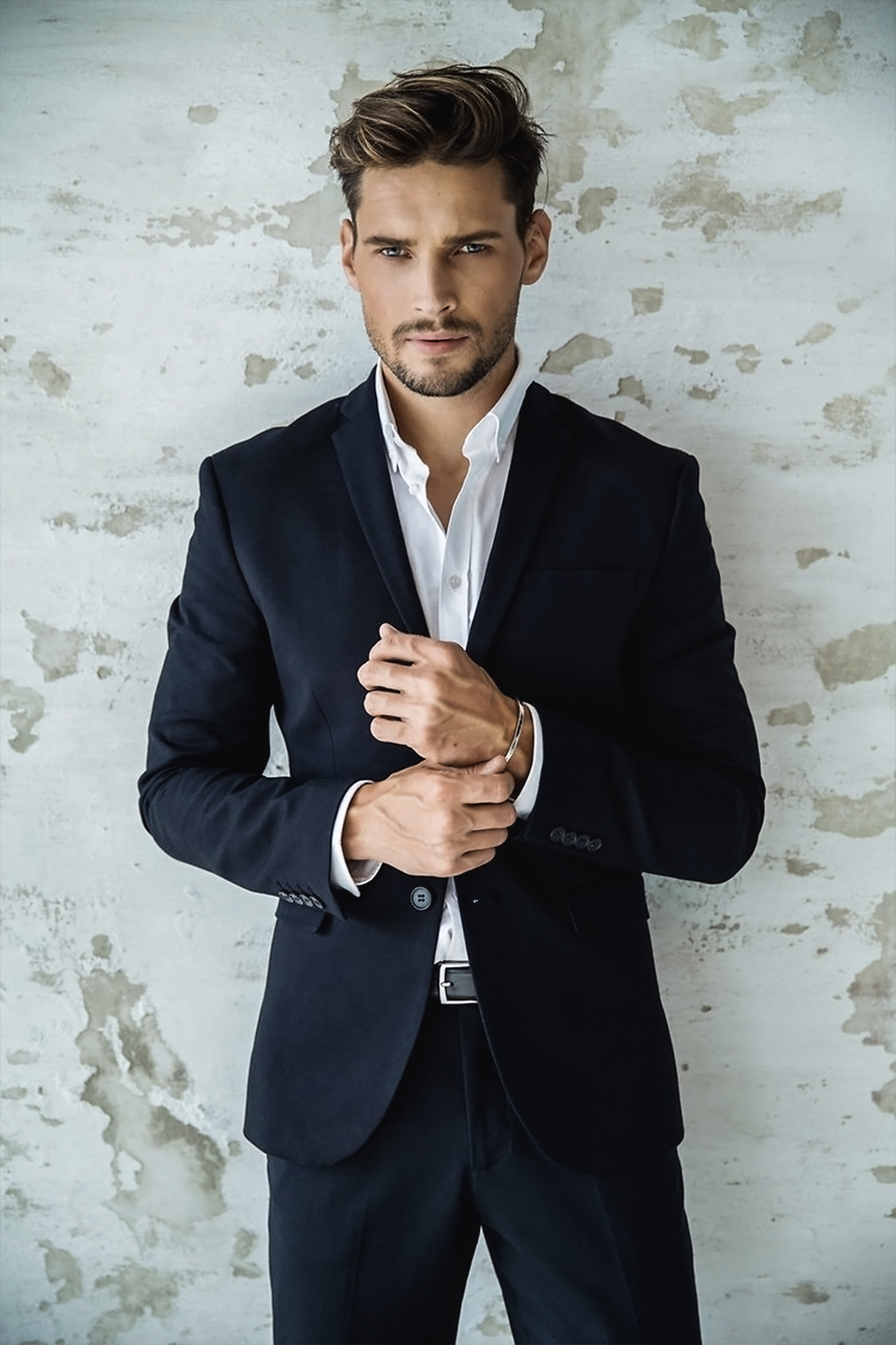 Unknown Model In 2020 Stylish Mens Suits Black Suit Men Photography Poses For Men