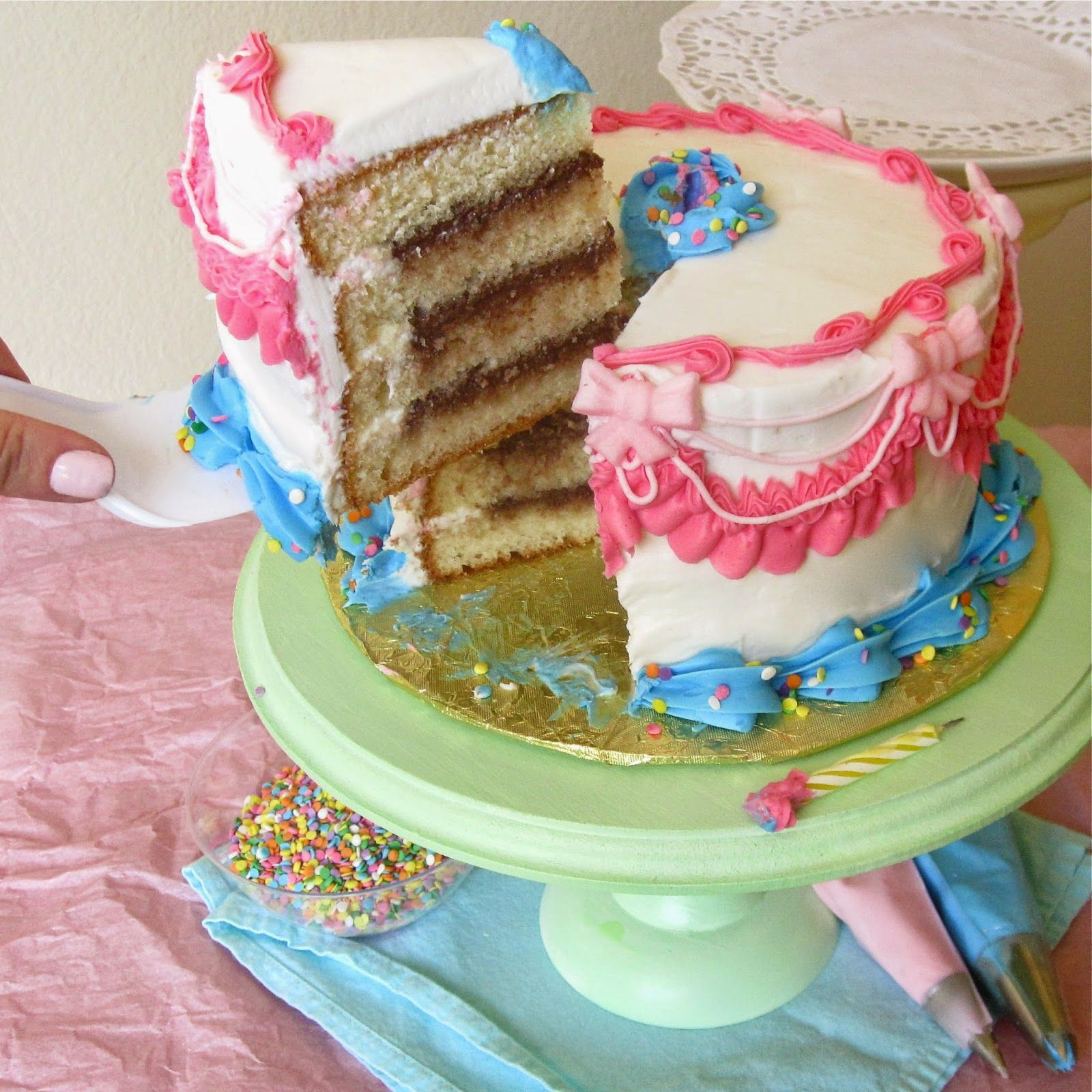 Lindsay Ann Bakes: {VIDEO} Cake Decorating 101 (Part 1): How to Level, Tort, Fill & Stack a Layer Cake