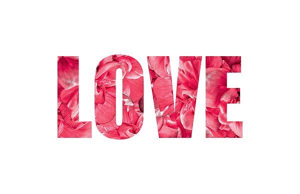 El texto Love y flores rojas en el interior