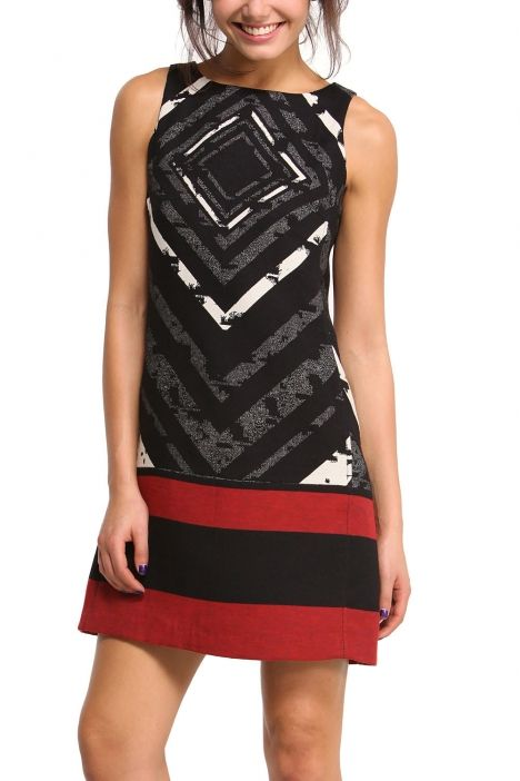 Robe Desigual | Choses à acheter | Pinterest | Dressing gown