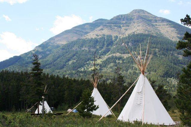 Family Adventures Kanadan Kalliovuorilla: Alberta Comfort Camping Destination Guide LOVE KAUNEIMMAT MAISEMAT MITÄ IKINÄ OLEN NÄHNYT ,KUN SIELLÄ REISSASIN ,ASUIN