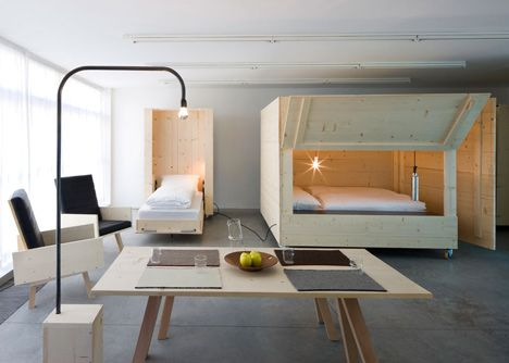 Superior Harry Thaler Adds Mobile Furniture And Boxy Beds To Artistsu0027 Apartment