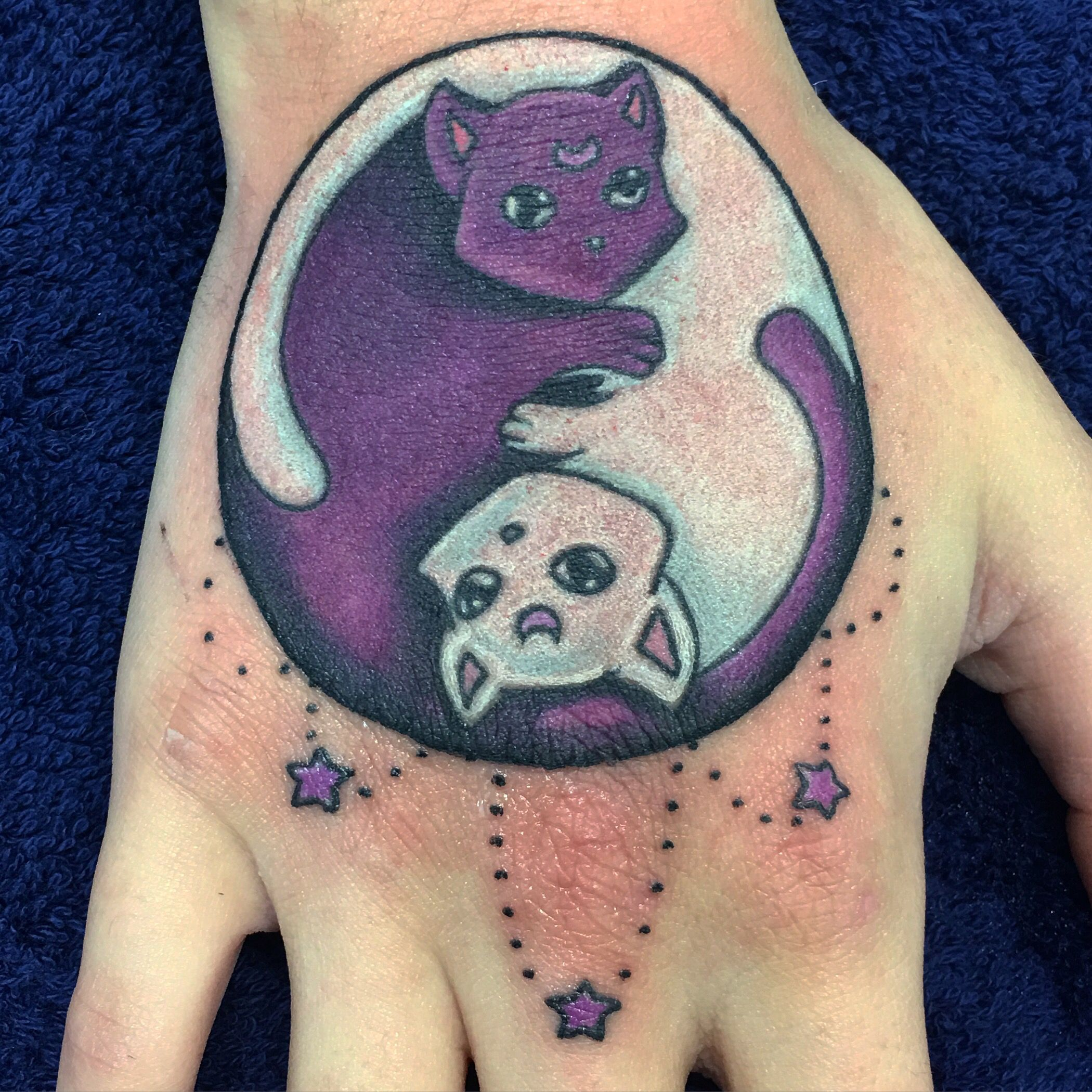 Sailor Moon Luna And Artemis Yin And Yang Design Hand Tattoo By Alex Heart Sailor Moon Tattoo Moon Tattoo Luna And Artemis