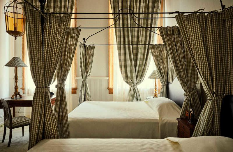 A Look At Nola S Chic New Hotel Peter Paul Shabby Chic