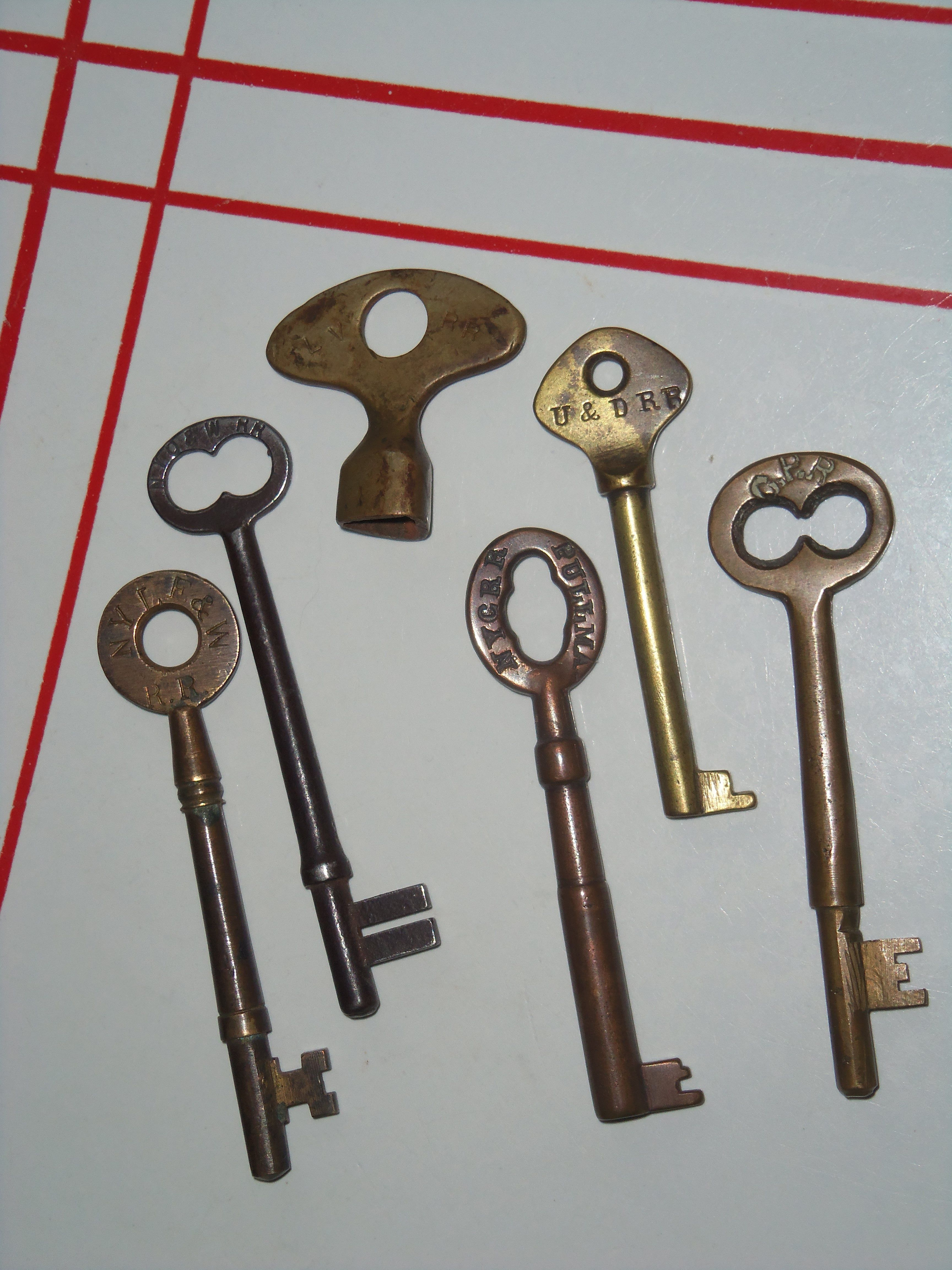 premium keys how door to visible screws watch a without doors knob youtube replace knobs with