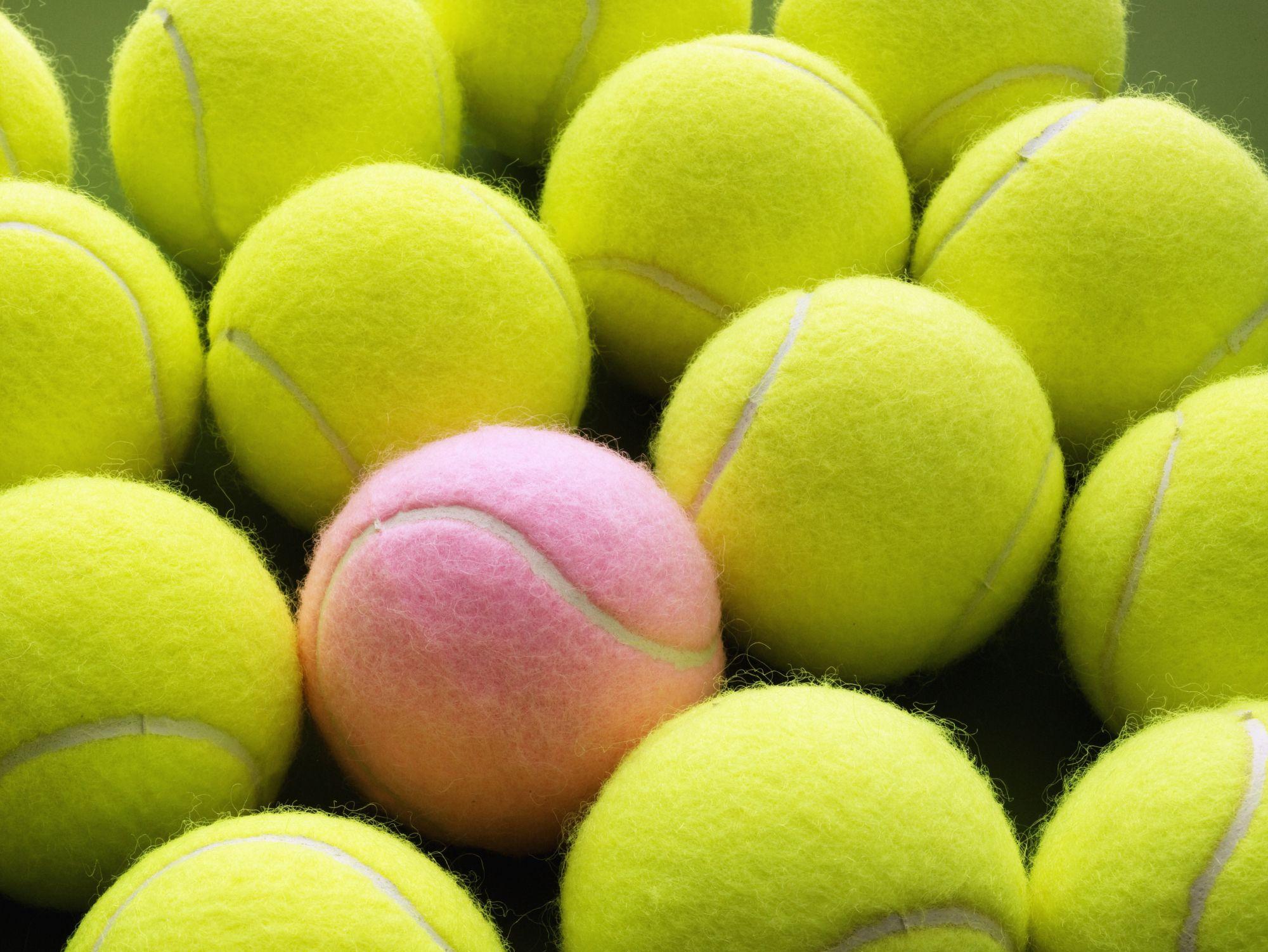 I Love This Tennis Ball Iphone Lock Screen Home Screen Background Screen Screen Background In 2020 Tennis Wallpaper Tennis Tennis Ball