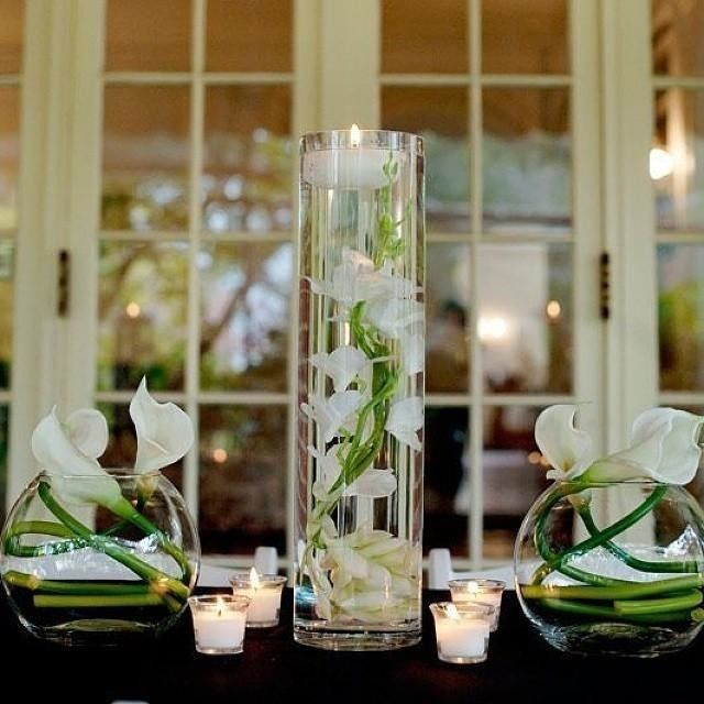 Floating Lily Centerpiece Ideas: Clear Glass Cylinder Vase