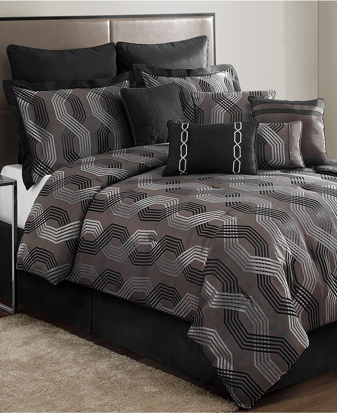 Best Marquee 12 Piece Comforter Sets Black Friday Specials 640 x 480
