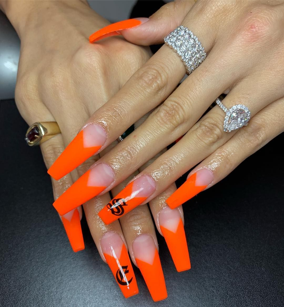 Brendadealba On Instagram Orange Matte V Tip With Old English Letters Nails For Jen Ny69 Tha Orange Acrylic Nails Ombre Nails Glitter Fire Nails