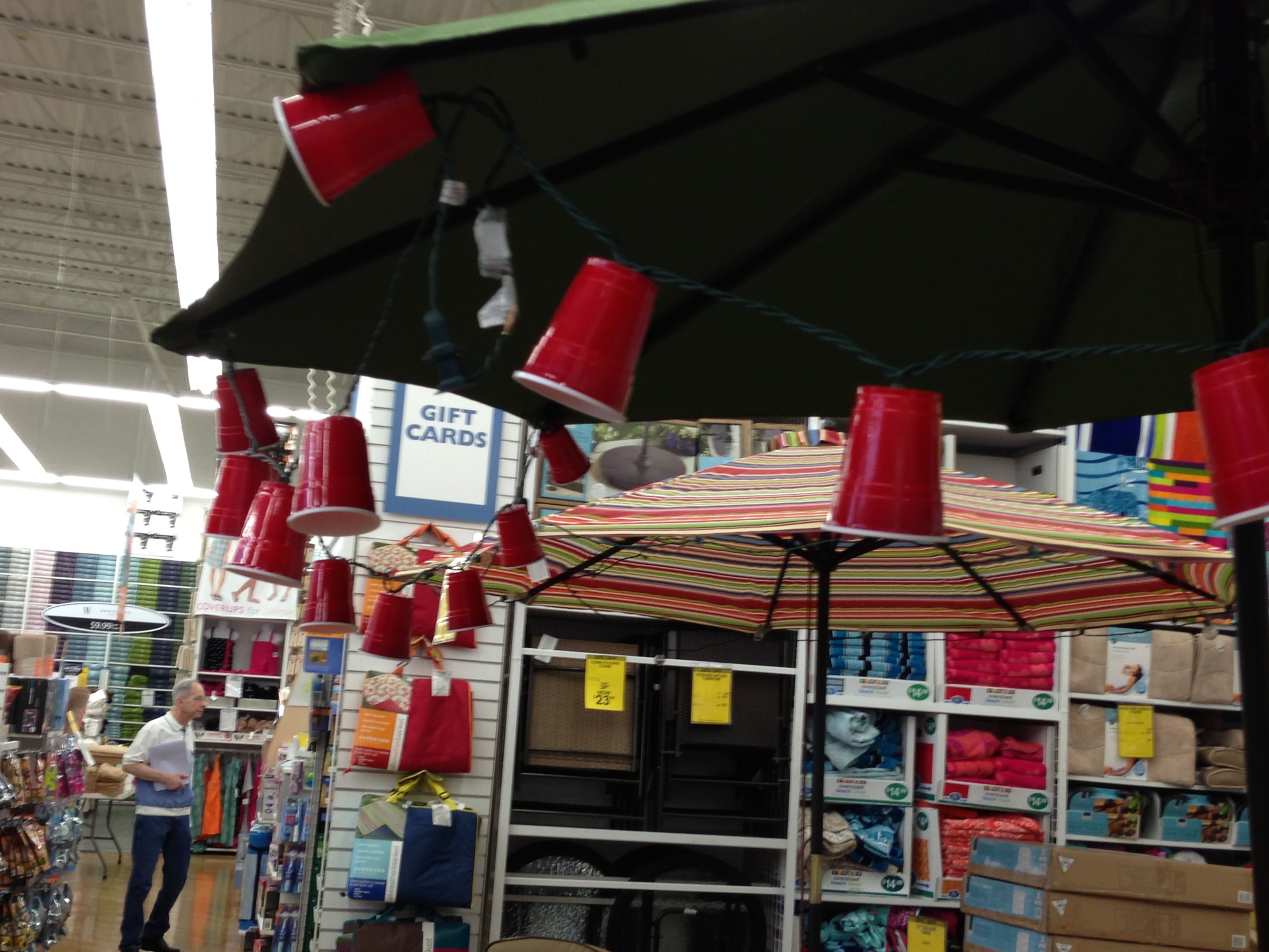 summer decorwhite christmas lights in red solo cups what a cute idea for outdoor party i saw this at one of my fav stores bed bath beyond