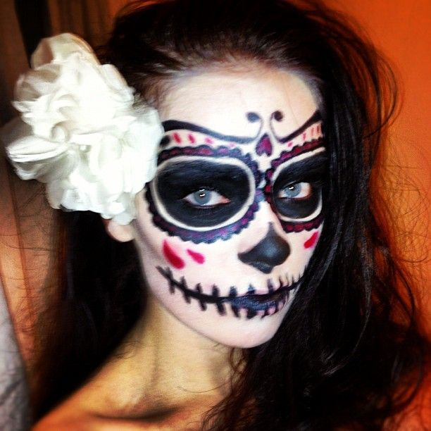 1 photo of 17 for day of the dead makeup half skull - Skull Face Painting Ideas For Halloween