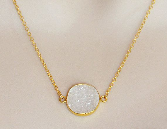 ✦ NECKLACE LENGTH The necklace is available in either 16-inch,18-inch, 20-inch or 22-inch length.  The necklace is finished with a spring ri...
