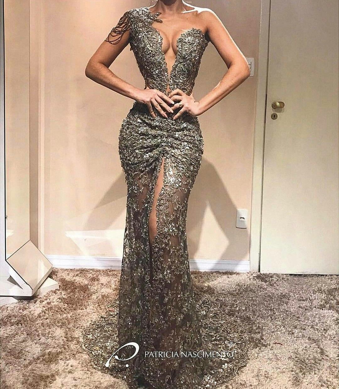 Pin by chi bùi yến on princess dresses pinterest prom gowns and