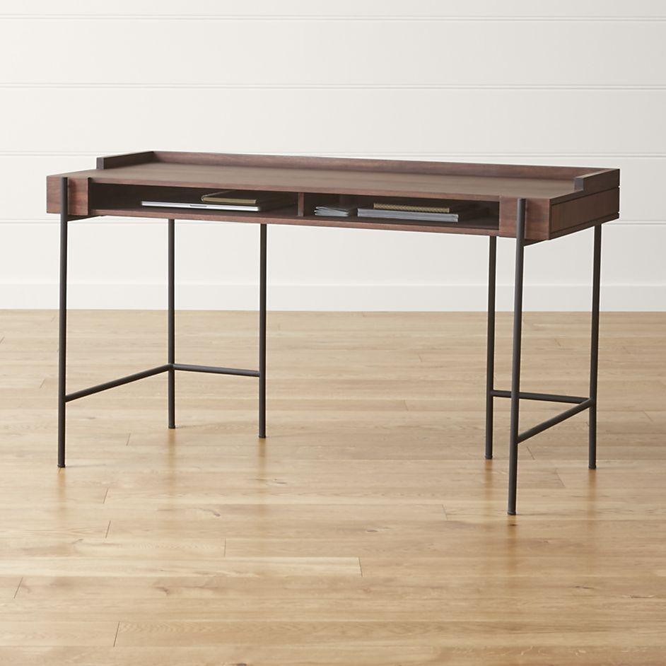 Beckett Desk Crate And Barrel Scrivania Architettura