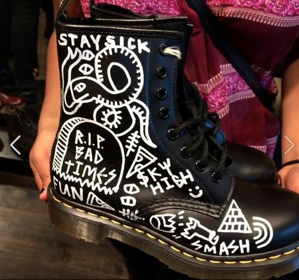 customised dr martens boots by drowners band headliners. Black Bedroom Furniture Sets. Home Design Ideas