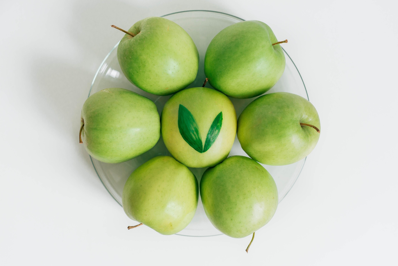 Buon Lunedi Quali Sono I Valori Nutrizionali Di Una Mela Verde 85 5 G Di Acqua Potassio 150 Mg Fo Salute E Benessere Uno Stile Di Vita Sano Grasso
