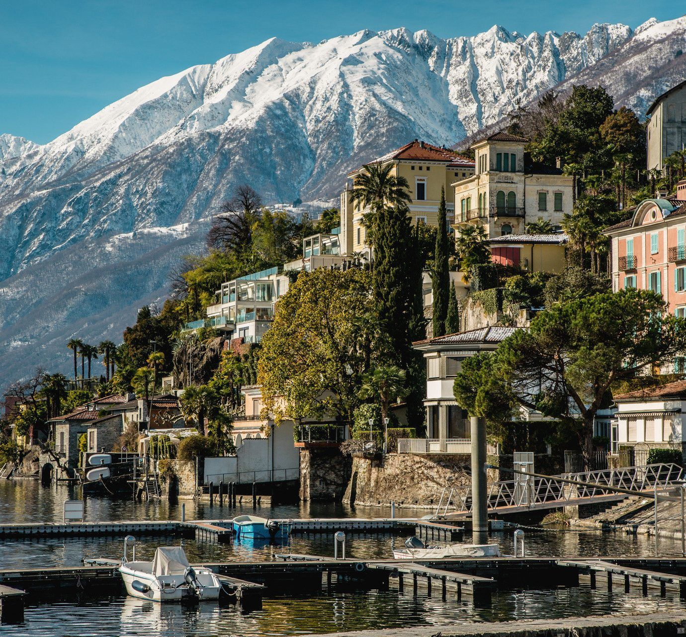 Amazing Places To Stay Switzerland: The World's Most Amazing Places