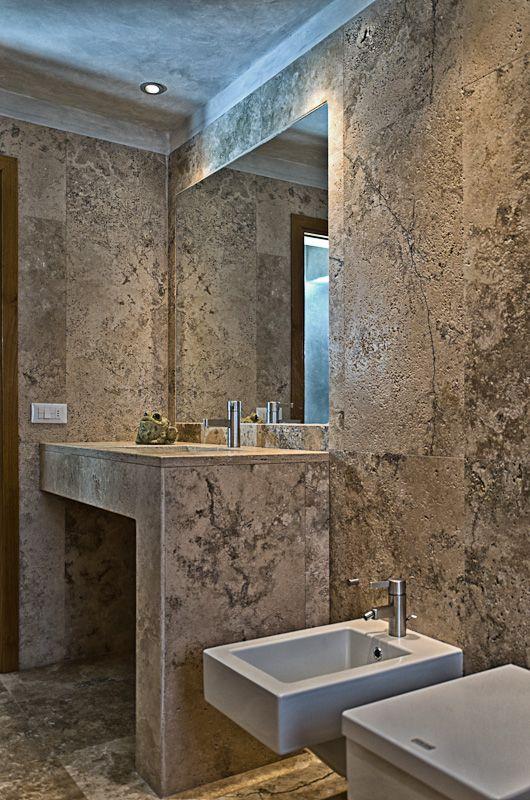 Pietre di rapolano bagno con doccia in travertino chiaro pietre di rapolano pertinente bagni - Pietre per bagno ...