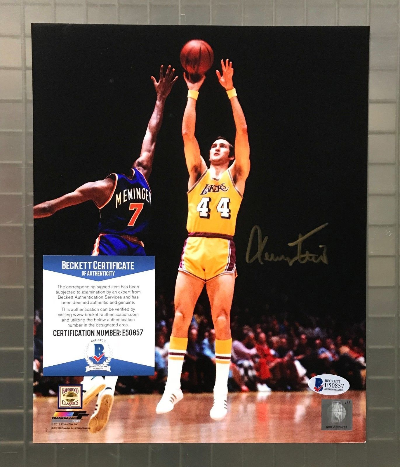 Jerry West Signed 8x10 Photo Autographed Beckett BAS COA Los Angeles Lakers  HOF  Basketball 416df7d51