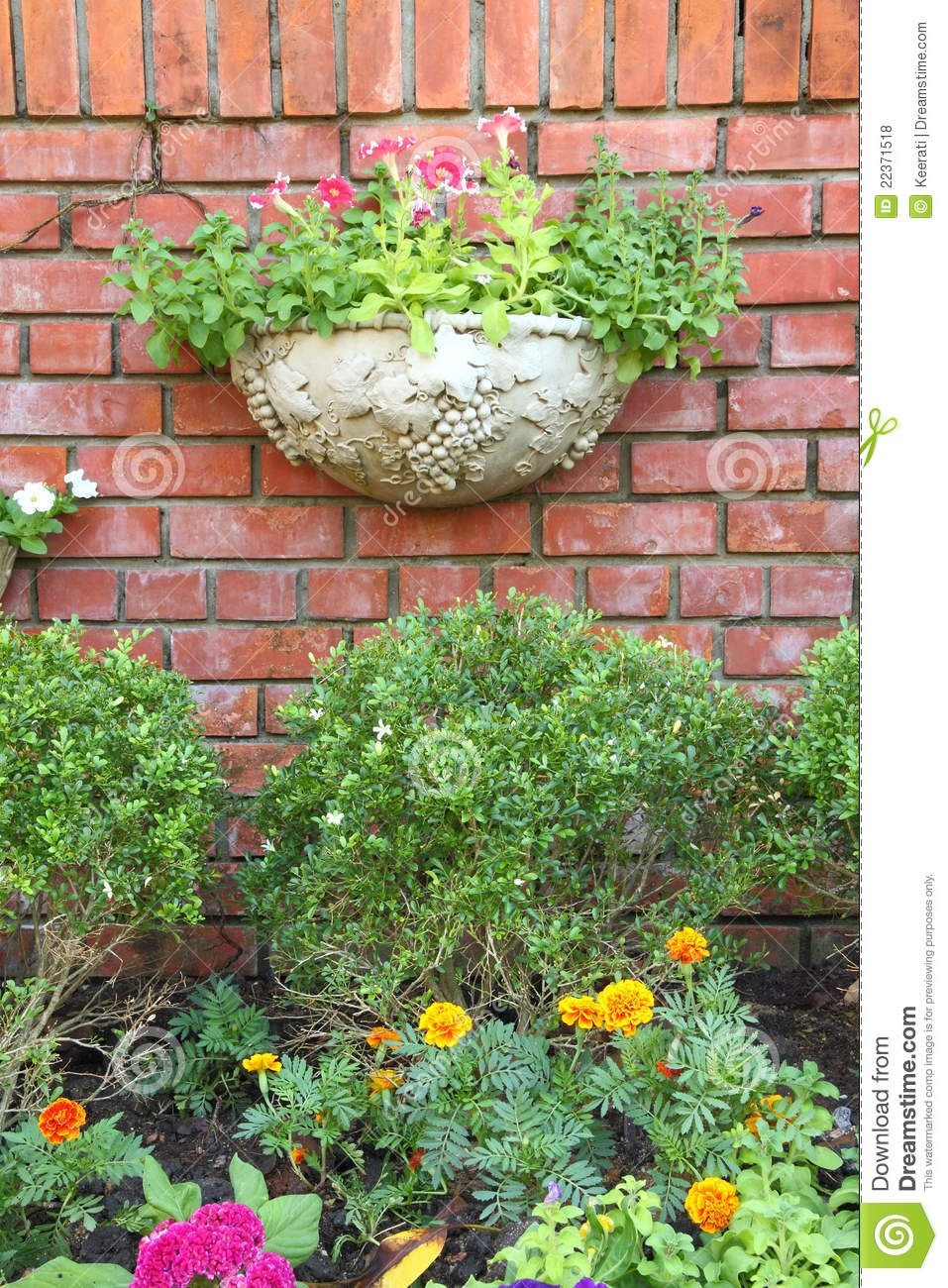 Decorative Garden Walls Blocks Cinder Block Wall Design With ...