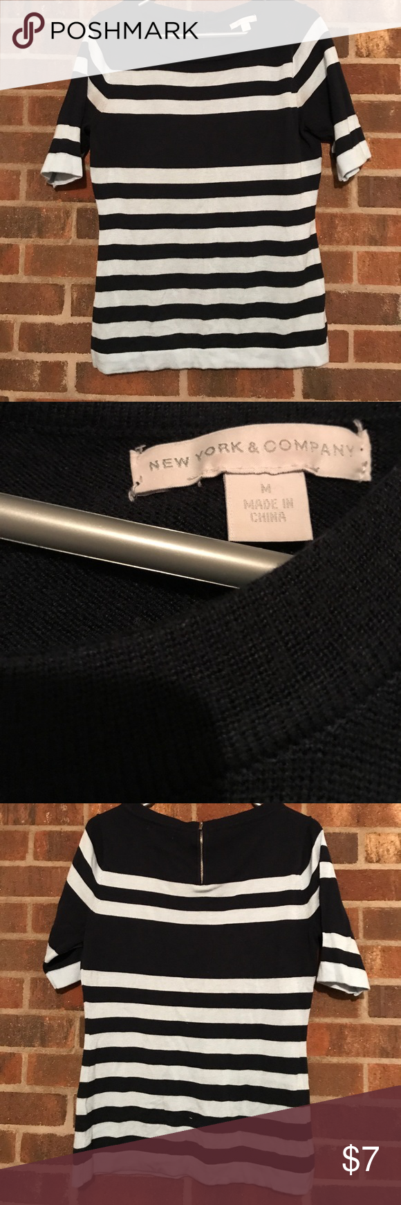 New York and Co Top Navy blue and light blue sweater. Zipper detail on the back. Great condition! New York & Company Tops
