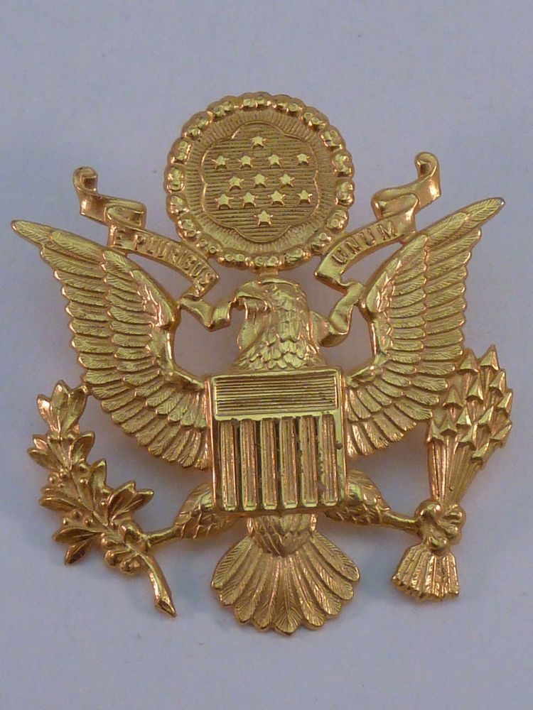 WWII US Army Eagle Shako Plate Officer Hat Insignia Pin
