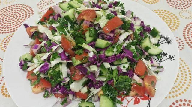 اشهى الحلويات والوجبات السريعه طريقة سلطة الملفوف Salad Cobb Salad Cabbage