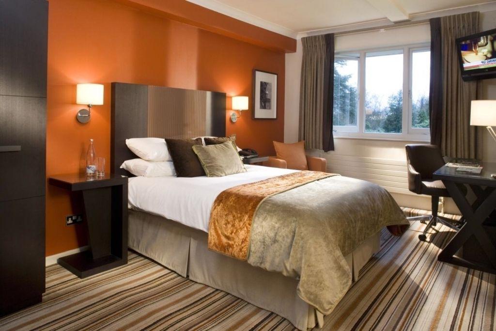 burnt orange kitchen walls - Google Search | Bedroom ...