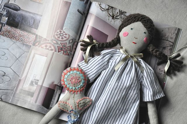 http://www.eszterda.blogspot.com/search?updated-max=2013-11-22T14:45:00+01:00