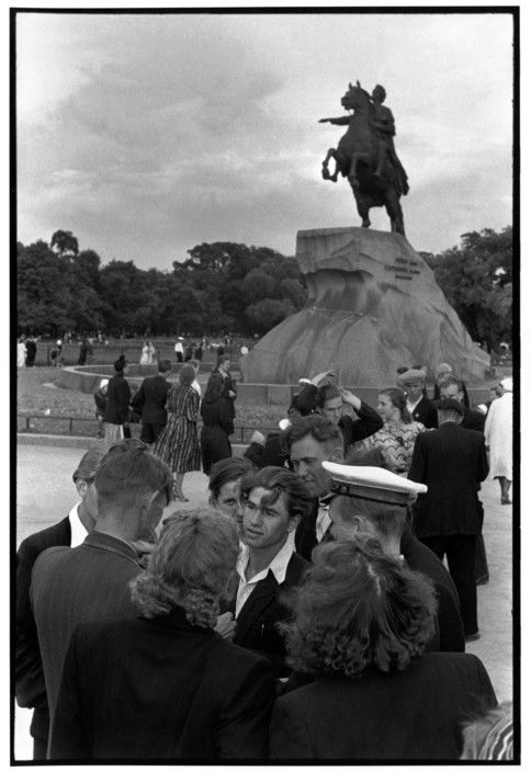 Magnum Photos - Henri Cartier-Bresson // SOVIET UNION. Russia. Leningrad. 1954. Sunday afternoon at the square of the Decembrists. Monument to Peter the Great.