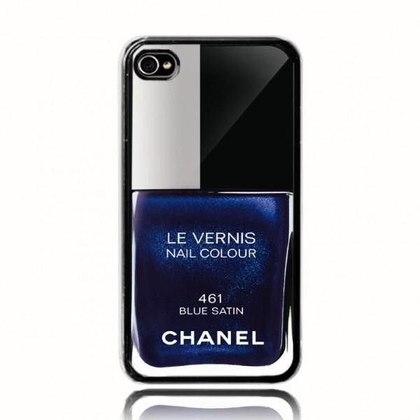 Blue Satin Chanel Nail Polish Case...want so bad | wishlist ...