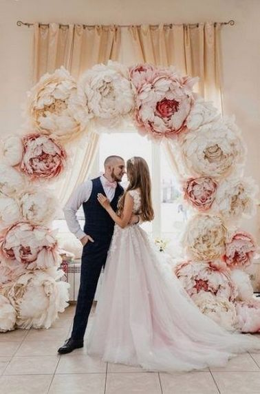 40+ Beautiful Paper Flower Wedding Backdrop Ideas #paperflowerswedding