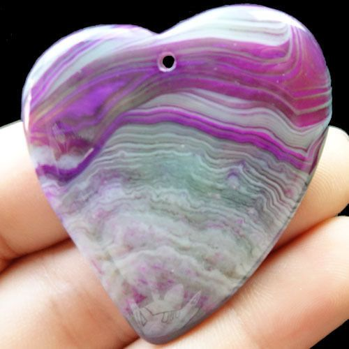 Amazing Heart-shaped Agate pendant 115 by NaturalMineralsShop