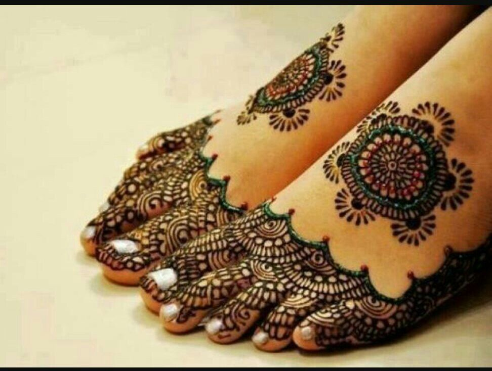 Henna tattoo on feet