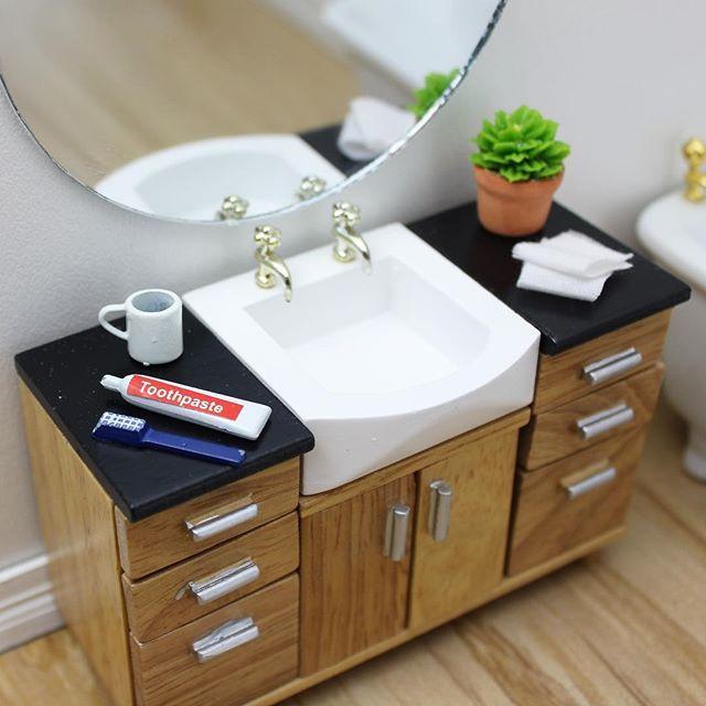 Mini Bathroom Love For Your Monday Vanity Minibathroom