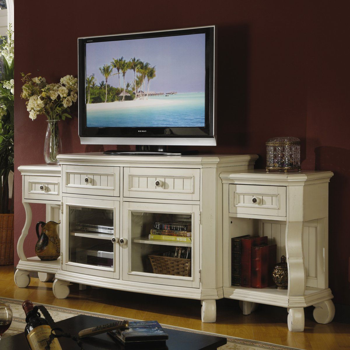 Riverside Cape May Seaspray White Extended TV Console