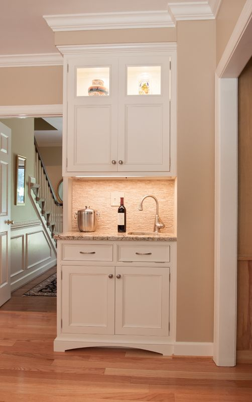 Best Custom Bar Area With Cloud White Paint By Benjamin Moore 640 x 480