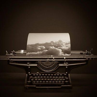 Lunes por la tarde, hoy planeamos estar todo el día en las nubes. Genesis © Lori Vrba, USA. EMERGING TALENT AWARDS 2014  https://www.lensculture.com/awards #fotografia #impresion #giclee #photography